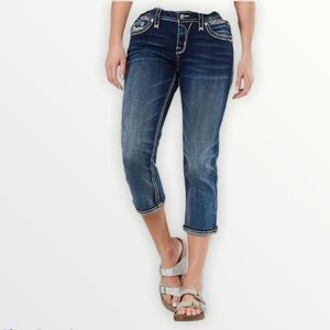 New! Celinda Easy Stretch Cropped jeans